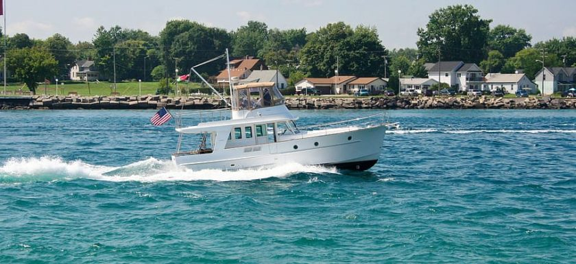 boat motor speed motorboat 840x385 - Få din båd til at sejle som en drøm